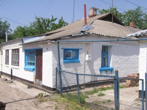 Belaya Tserkov. House on Verkhnyaya Street aged from mid-19th century. Year 2007-2011.